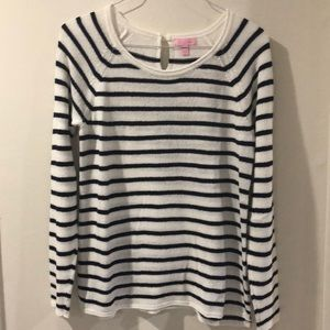 Beautiful light summer sweatshirt! New no tag